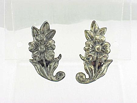VINTAGE ART NOUVEAU STYLE FLOWER CLIP EARRINGS (Image1)