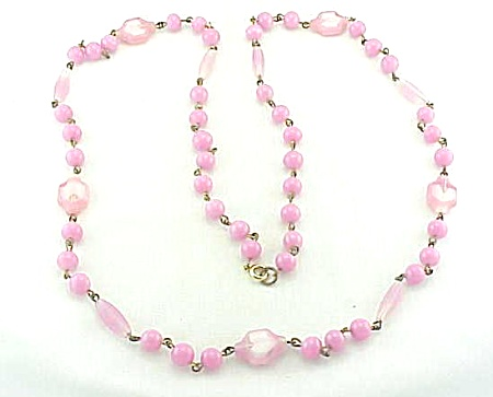 VINTAGE COSTUME JEWELRY - UNIQUE PINK AND WHITE ART GLASS BEAD NECKLACE (Image1)
