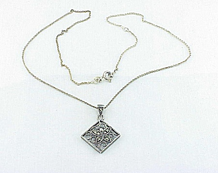 STERLING SILVER & MARCASITE BUTTERFLY PENDANT NECKLACE (Image1)