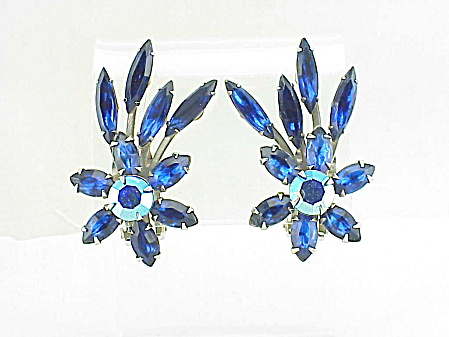 VINTAGE COSTUME JEWELRY - JUDY LEE BLUE RHINESTONE CLIP EARRINGS (Image1)