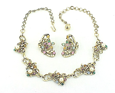 Vintage Possible Hollycraft Rhinestone Necklace And Earrings Set
