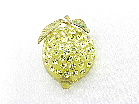 VINTAGE COSTUME JEWELRY - FORBIDDEN FRUIT LUCITE AND RHINESTONE BROOCH - BOOK PIECE (Image1)