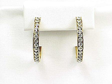 CHANNEL SET CLEAR RHINESTONE PIERCED EARRINGS (Image1)