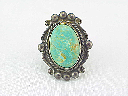 VINTAGE BELL TRADING POST STERLING SILVER AND TURQUOISE RING (Image1)