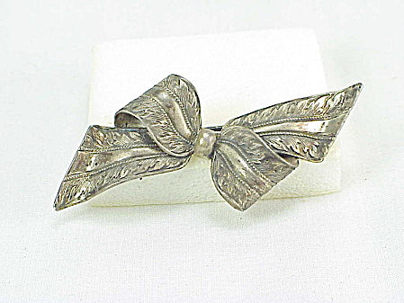 Vintage Forstner Etched Ribbon Bow Sterling Silver Brooch
