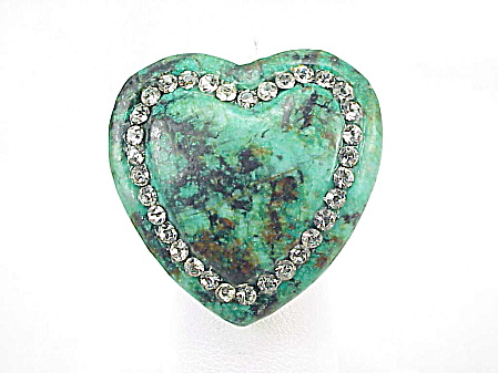 VINTAGE LARGE SOLID CARVED ALL TURQUOISE HEART RING WITH RHINESTONES (Image1)