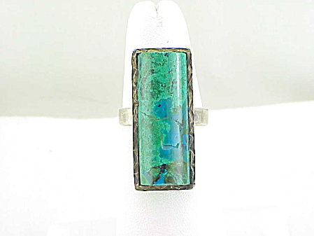 Sterling Silver And Turquoise Ring - Native American Or Mexican