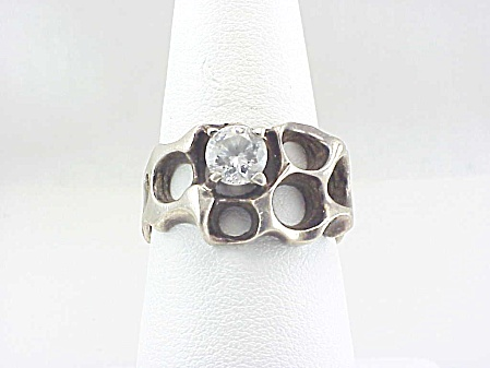 SIGNED TAXCO MEXICO MODERNISTIC STERLING SILVER CUBIC ZIRCONIA RING (Image1)