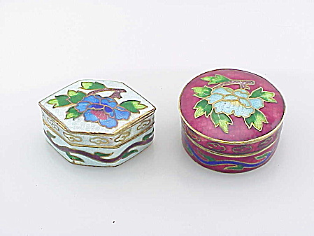 2 Vintage Chinese Cloisonne Enamel Hinged Brass Pill Box With Flowers