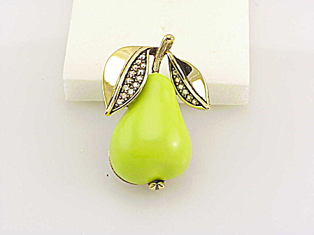 VINTAGE FORBIDDEN FRUIT LUCITE AND RHINESTONE PEAR BROOCH (Image1)