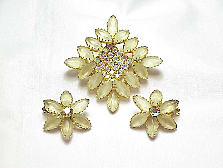 Vintage Juliana Champagne Rhinestone Brooch And Earrings Set