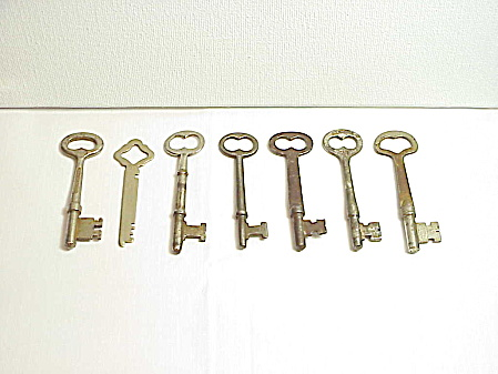 7 Antique Skeleton Keys - Lockwood, Corbin, Penn