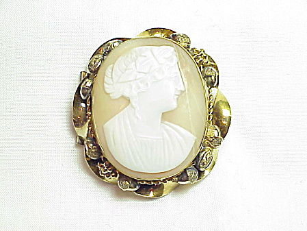 Antique Victorian Edwardian Cameo Brooch