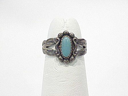 Vintage Bell Trading Post Sterling Silver And Turquoise Child's Ring
