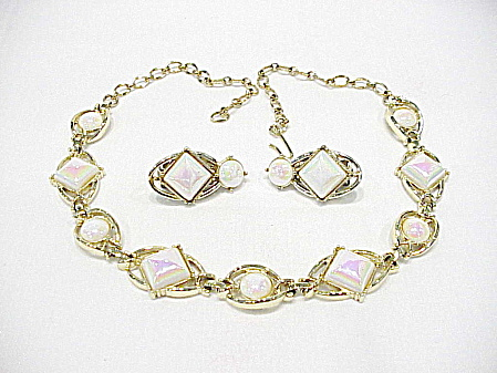 Vintage Emmons White Iridescent Pearl Necklace And Clip Earrings Set