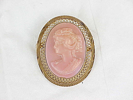 Antique Victorian Or Edwardian Pink Angel Skin Coral Cameo Brooch