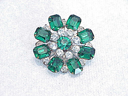 VINTAGE EMERALD GREEN AND CLEAR RHINESTONE BROOCH (Image1)