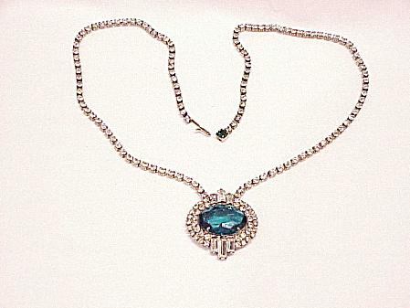 VINTAGE ART DECO STYLE EMERALD GREEN GLASS CLEAR RHINESTONE NECKLACE (Image1)