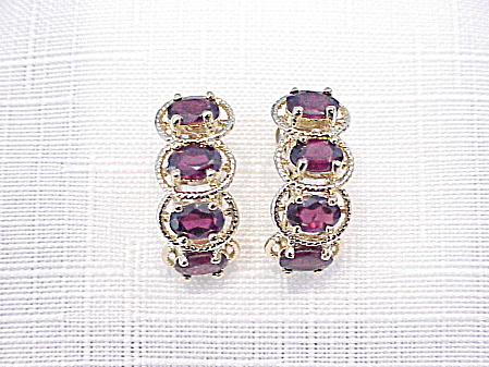 GOLD FILLED GARNET RHINESTONE PIERCED EARRINGS (Image1)
