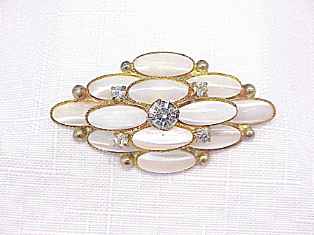VINTAGE MOTHER OF PEARL AND RHINESTONE BROOCH (Image1)