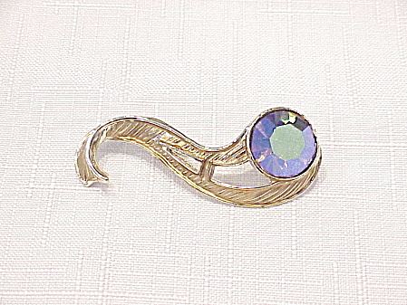 Vintage Gold Tone Brooch With Large Aurora Borealis Rhinestone
