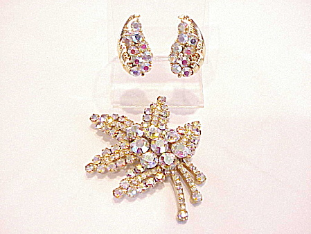 VINTAGE LISNER LARGE AURORA BOREALIS RHINESTONE BROOCH AND EARRINGS SET (Image1)