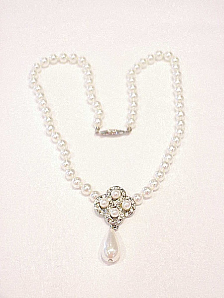 FAUX PEARL AND RHINESTONE NECKLACE WITH DROP - PERFECT FOR WEDDING (Image1)
