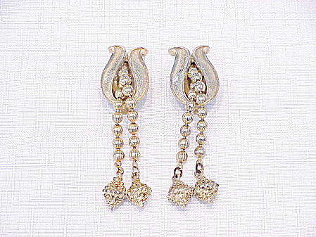 Vintage Gold Tone Clip Earrings With Dangling Chains