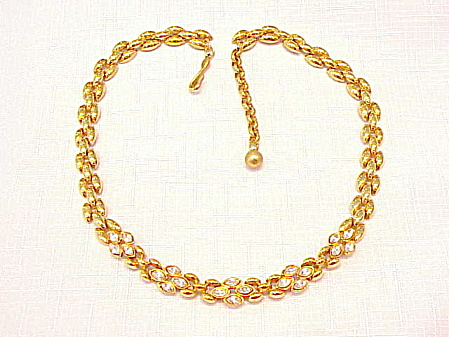 NAPIER GOLD TONE AND RHINESTONE CHOKER NECKLACE (Image1)