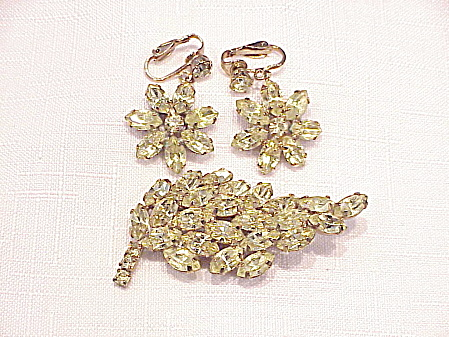 Vintage Citrine Pale Yellow Rhinestone Brooch And Clip Earrings