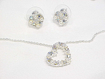 PEARL AND RHINESTONE HEART NECKLACE AND PIERCED EARRINGS - WEDDING SET (Image1)