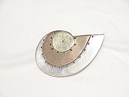 Robin Kahn 14k Gold And Sterling Silver Shell Brooch