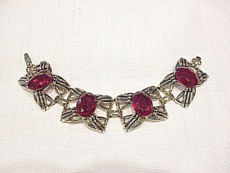 VINTAGE WIDE CHUNKY BRACELET WITH RED RHINESTONES (Image1)