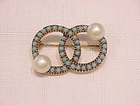 Vintage Turquoise Cabachons And Pearl Double Circle Brooch