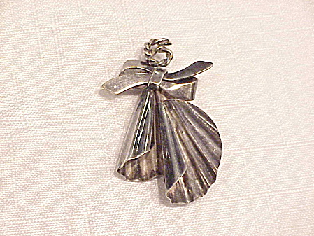 VINTAGE HAND MADE STERLING SILVER ABSTRACT DESIGN BROOCH (Image1)