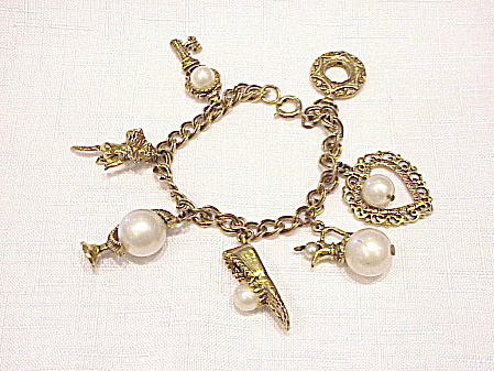 Vintage Circo Antiqued Gold Tone And Pearl Charm Bracelet