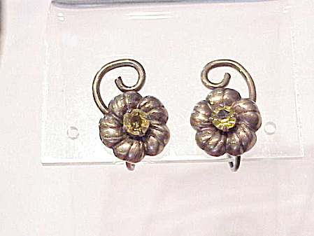 VINTAGE STERLING SILVER YELLOW RHINESTONE SCREWBACK EARRINGS (Image1)