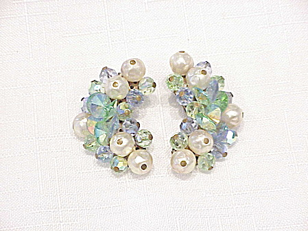 VINTAGE LAGUNA PEARL AND BLUE AURORA BOREALIS CRYSTAL CLIP EARRINGS (Image1)