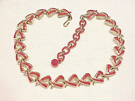 VINTAGE CORO RED ENAMEL ON GOLD TONE CHOKER NECKLACE (Image1)