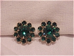 VINTAGE DARK EMERALD GREEN RHINESTONE CLIP EARRINGS