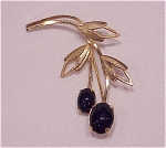 VINTAGE COSTUME JEWELRY - 12K GOLD FILLED AND BLACK ONYX BROOCH SIGNED S IN A CROWN