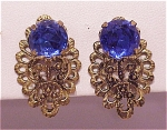 VINTAGE COSTUME JEWELRY - GOLD FILIGREE AND DARK BLUE RHINESTONE CLIP EARRINGS