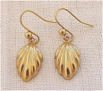 COSTUME JEWELRY - VICTORIAN STYLE GOLD TONE PIERCED EARRINGS