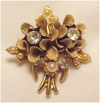 VINTAGE COSTUME JEWELRY - VICTORIAN STYLE GOLD TONE RHINESTONE, PEARL AND ENAMEL BROOCH