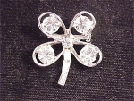 VINTAGE BRILLIANT CLEAR RHINESTONE SHAMROCK FOUR LEAF CLOVER BROOCH