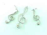 COSTUME JEWELRY - SILVER TONE MUSIC CLEF BROOCH & PIERCED EARRINGS SET