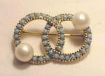 VINTAGE COSTUME JEWELRY - TURQUOISE CABACHONS & PEARL DOUBLE CIRCLE BROOCH