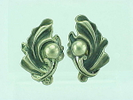 VINTAGE COSTUME JEWELRY - ART NOUVEAU STYLE STERLING SILVER SCREWBACK EARRINGS