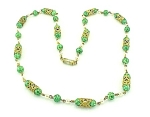 VINTAGE COSTUME JEWELRY - GREEN GLASS BEAD, PEARL & GOLD TONE FILIGREE NECKLACE