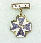 Click here to enlarge image and see more about item 07M2759: VINTAGE FRATERNAL ORGANIZATION ODD FELLOWS LAPM MASS MASONIC ENAMEL BADGE